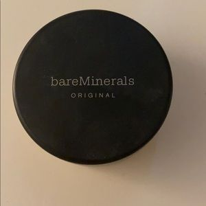 bareMinerals Foundation in Light